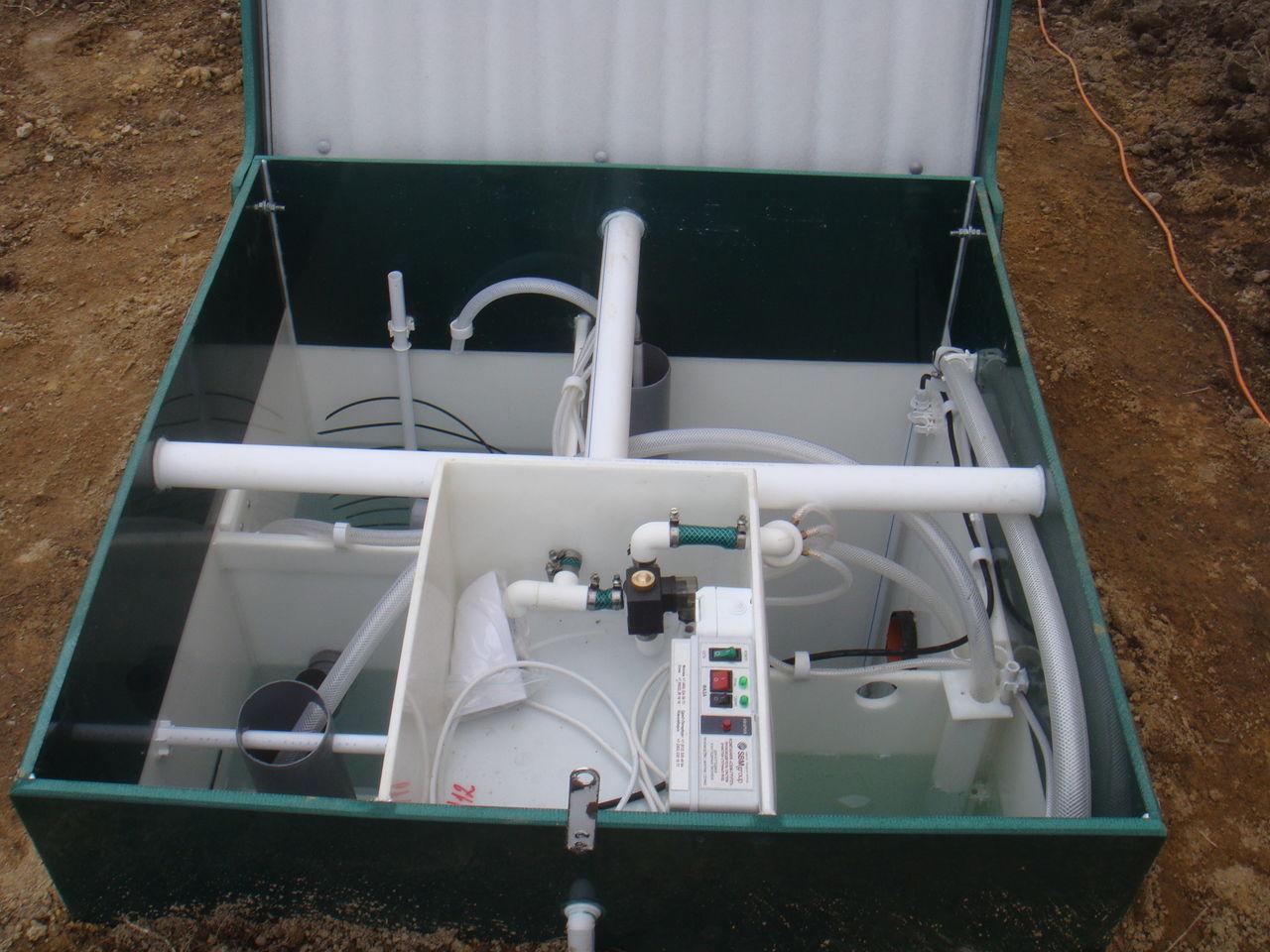 Станция биологической очистки занимает мало места на участке и может быть установлена в любой его части.